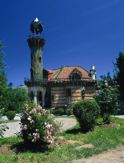 Gaudí's Capricho