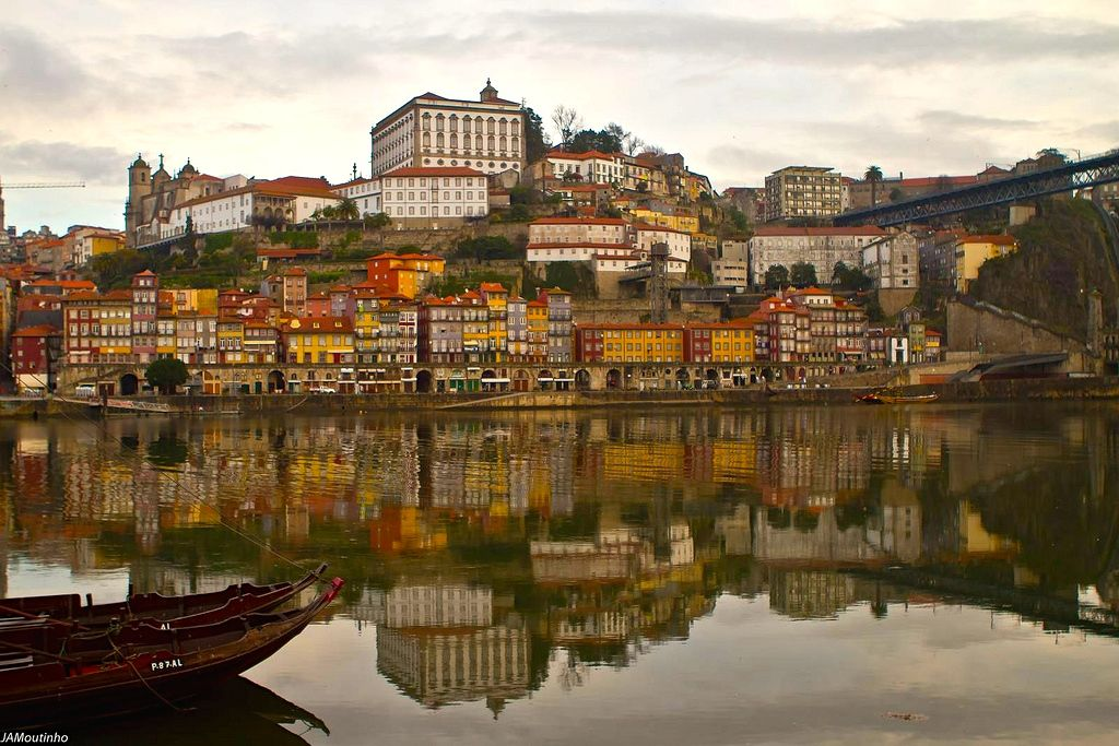 Porto, the decadent patina of Portugal